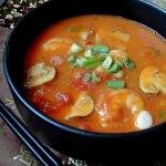 Sebzeli Thai Çorbası
