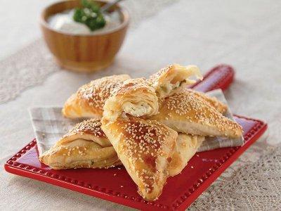 Beyaz Peynirli Börek Tarifi