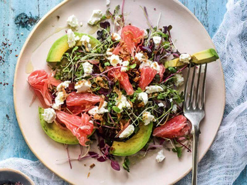 Kıtır Soğanlı Pomelo Salatası Tarifi