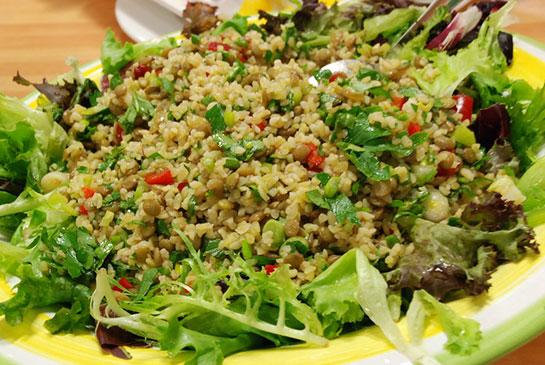 Kepekli Bulgur Salatası Tarifi
