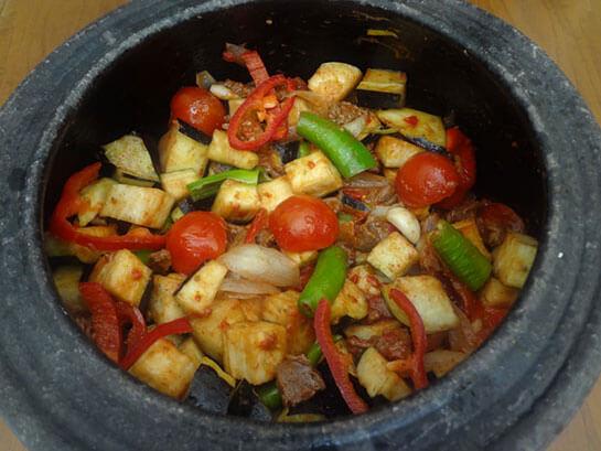 Patlıcanlı Güveç Tarifi